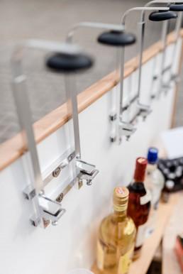 Der Getränkemarkt Getränke Brielbeck in Ascha bietet einen Partyservice an und liefert alles für den Barzubehör.
